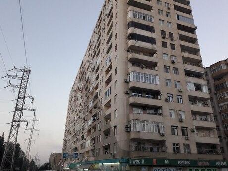 3-комн. новостройка - м. Иншаатчылар - 138 м²