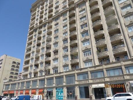 3-комн. новостройка - м. Нариман Нариманова - 143 м²