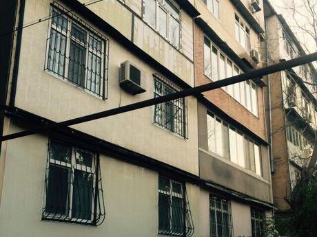 1 otaqlı köhnə tikili - Neftçilər m. - 37 m²