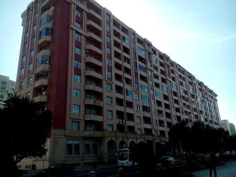 4 otaqlı yeni tikili - Şah İsmayıl Xətai m. - 174 m²