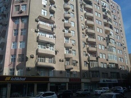 4 otaqlı yeni tikili - Nəsimi r. - 145 m²