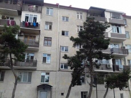 3-комн. вторичка - м. Нефтчиляр - 62 м²