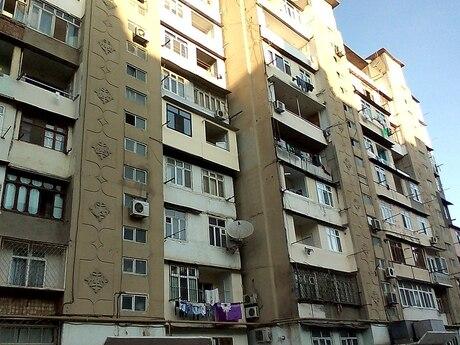 3 otaqlı köhnə tikili - Suraxanı r. - 77 m²