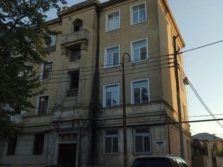 2 otaqlı köhnə tikili - Bakıxanov q. - 60 m²