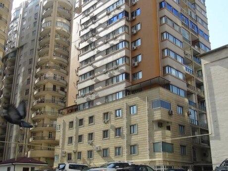 3-комн. новостройка - м. Шах Исмаил Хатаи - 160 м²