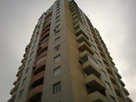 2-комн. новостройка - м. Сахиль - 123 м²