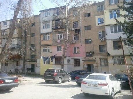 1 otaqlı köhnə tikili - 8-ci kilometr q. - 32 m²