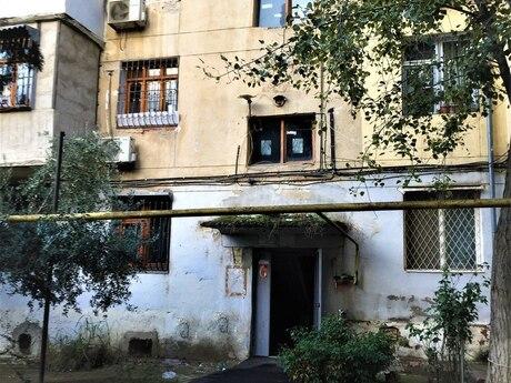 2 otaqlı köhnə tikili - Neftçilər m. - 42 m²