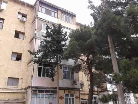2 otaqlı köhnə tikili - Suraxanı r. - 58 m²