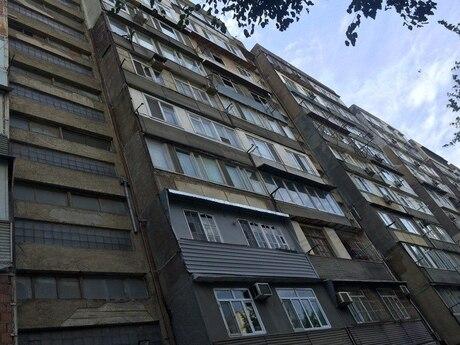 4 otaqlı köhnə tikili - Gənclik m. - 165 m²