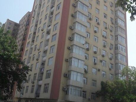 4 otaqlı yeni tikili - İnşaatçılar m. - 205 m²