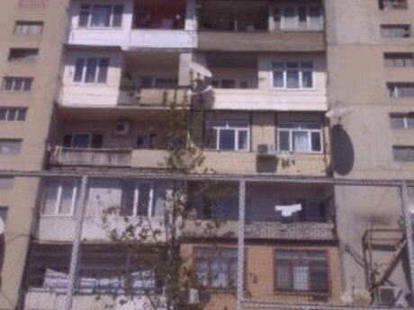 3 otaqlı köhnə tikili - Yasamal r. - 82.7 m²