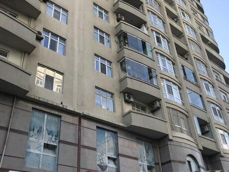 2-комн. новостройка - м. Шах Исмаил Хатаи - 107 м²