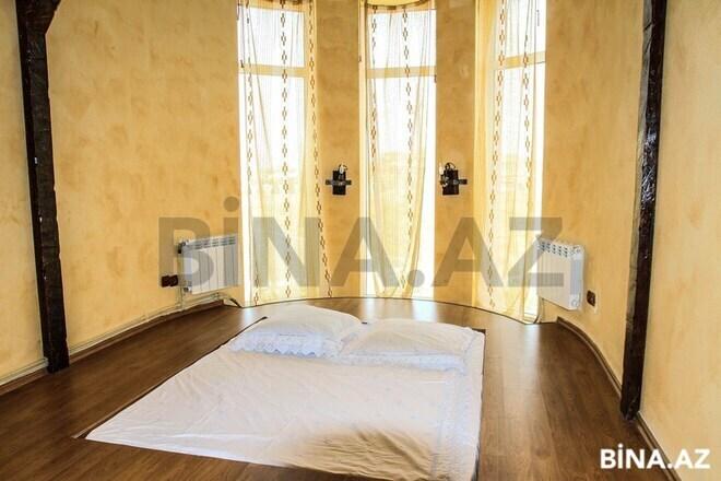 6 otaqlı ev / villa - Şüvəlan q. - 300 m² (21)