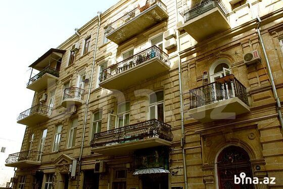 4 otaqlı köhnə tikili - Sahil m. - 213 m² (1)