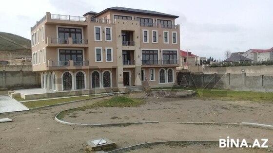 8 otaqlı ev / villa - Novxanı q. - 1500 m² (1)