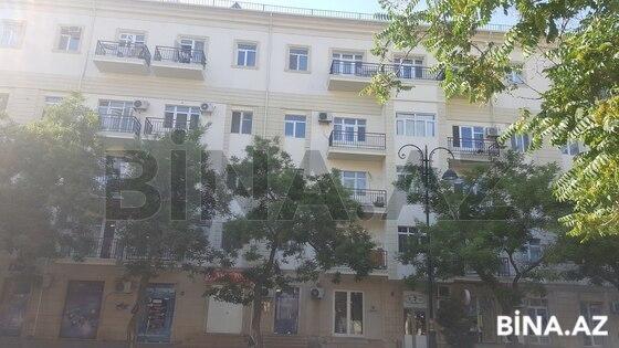 3 otaqlı köhnə tikili - 28 May m. - 60 m² (1)