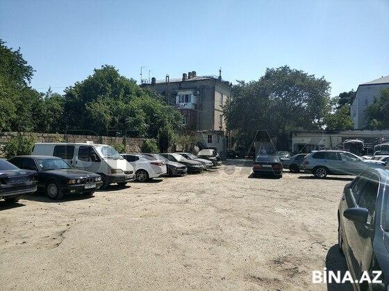 Obyekt - Bakıxanov q. - 2000 m² (1)