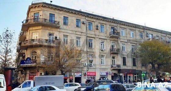 4 otaqlı köhnə tikili - 28 May m. - 130 m² (1)