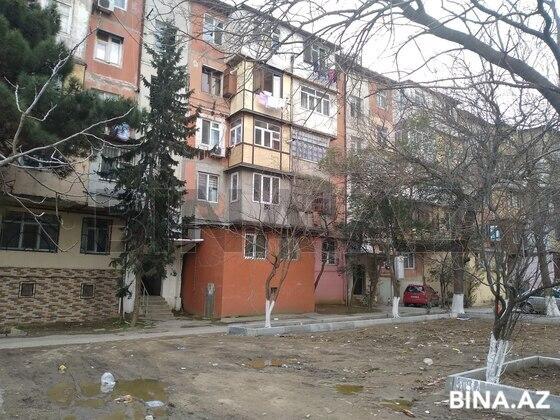 2 otaqlı köhnə tikili - 4-cü mikrorayon q. - 50 m² (1)