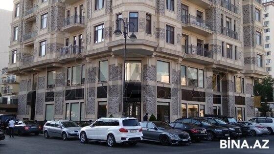 Obyekt - Nəsimi r. - 640 m² (1)