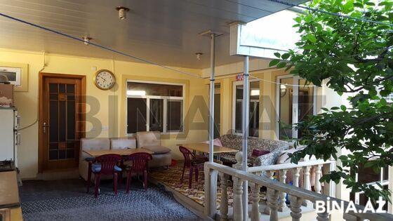 6 otaqlı ev / villa - Nəsimi m. - 210 m² (1)