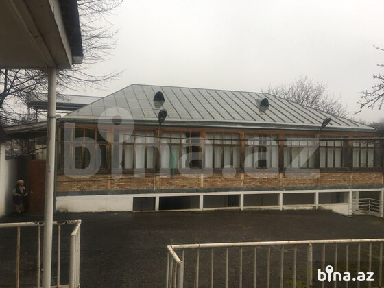 6 otaqlı ev / villa - Şəmkir - 200 m² (1)