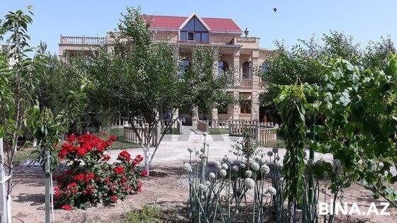 Bağ - Buzovna q. - 600 m² (1)