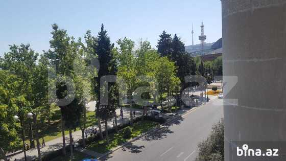 3 otaqlı köhnə tikili - Sahil m. - 130 m² (1)