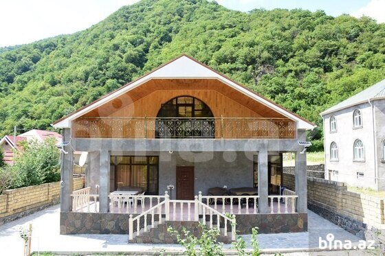 4 otaqlı ev / villa - Qax - 350 m² (1)