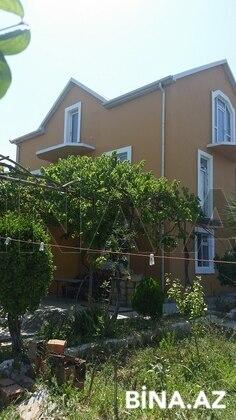 7 otaqlı ev / villa - Pirşağı q. - 240 m² (1)