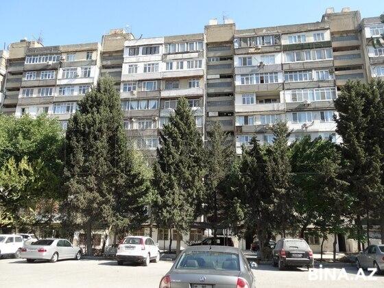 4 otaqlı köhnə tikili - Ayna Sultanova heykəli  - 148 m² (1)