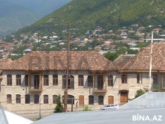 8 otaqlı ev / villa - Şəki - 200 m² (1)