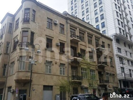 6-комн. квартира - м. Ичеришехер - 260 м² (1)