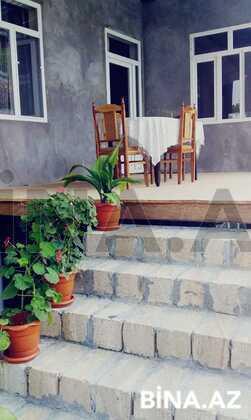 3 otaqlı ev / villa - Şəki - 70 m² (1)