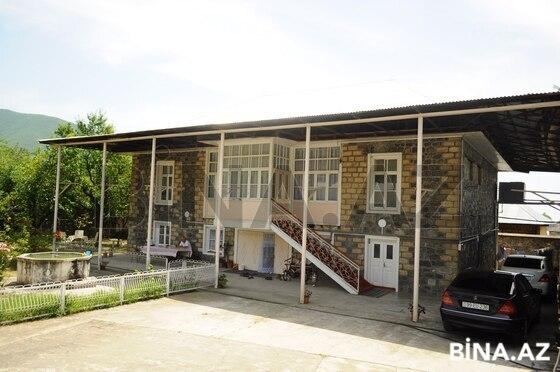 4 otaqlı ev / villa - Şəki - 200 m² (1)