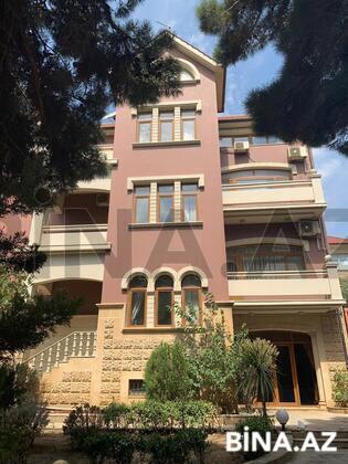 8 otaqlı ev / villa - Nəsimi r. - 900 m² (1)