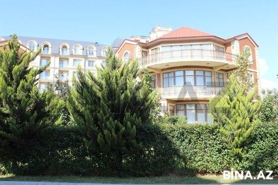 8 otaqlı ev / villa - Şıxov q. - 650 m² (1)