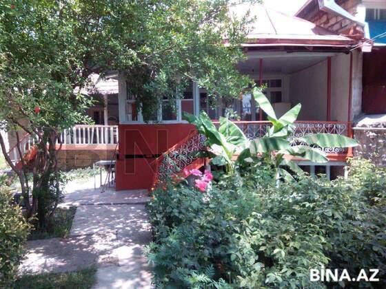 2 otaqlı ev / villa - Şəki - 100 m² (1)