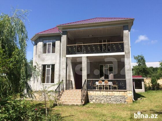 6 otaqlı ev / villa - Qəbələ - 240 m² (1)