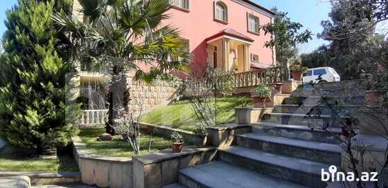 8 otaqlı ev / villa - Bakıxanov q. - 800 m² (1)