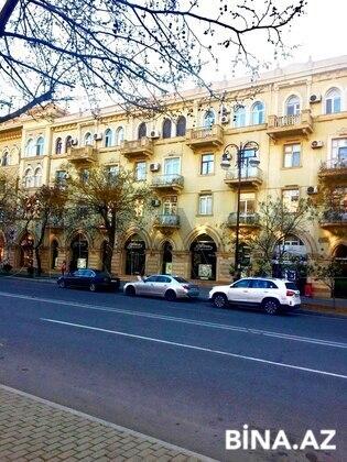 3 otaqlı köhnə tikili - Elmlər Akademiyası m. - 140 m² (1)