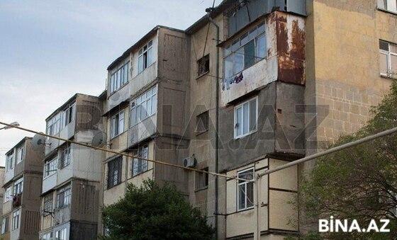 2 otaqlı köhnə tikili - İnşaatçılar m. - 40 m² (1)