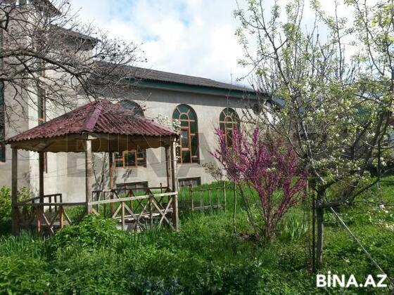 4 otaqlı ev / villa - Qax - 237.8 m² (1)