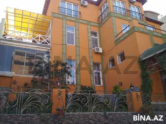 8 otaqlı ev / villa - Bayıl q. - 230 m² (1)