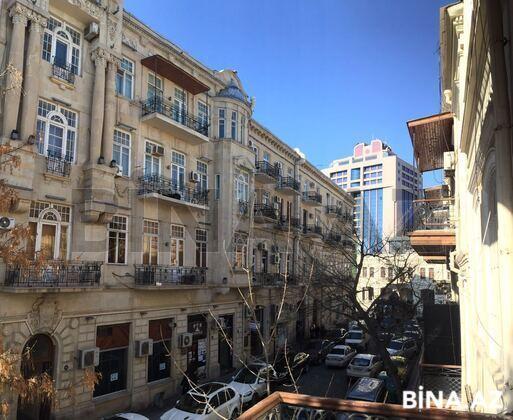 3 otaqlı köhnə tikili - Nəsimi r. - 100 m² (1)