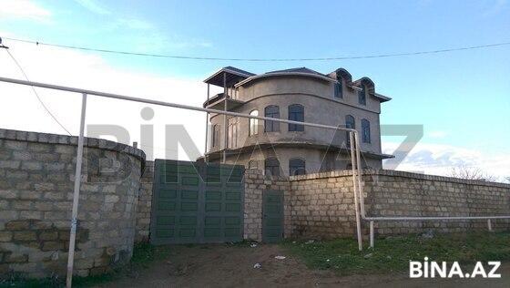 8 otaqlı ev / villa - Saray q. - 572 m² (1)