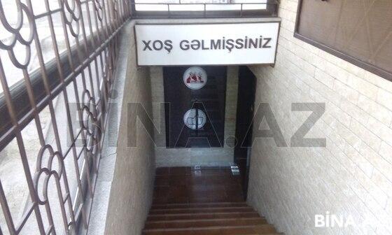 Obyekt - İnşaatçılar m. - 90 m² (1)