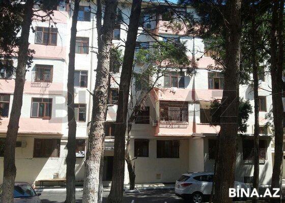 2 otaqlı köhnə tikili - Gənclik m. - 70 m² (1)