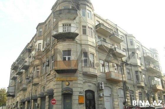 4 otaqlı köhnə tikili - İçəri Şəhər m. - 100 m² (1)